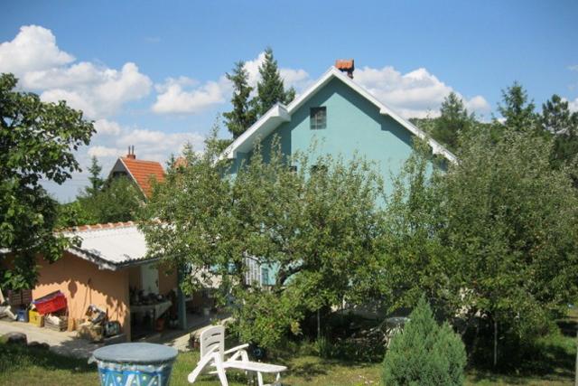 Vikendica 150m2, Kosmaj - Mladenovac